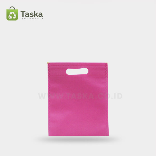 Tas-Press-Spunbond-Oval-Pink-20×25-Cm-Sisi-Depann
