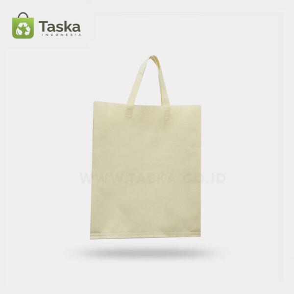 Tas Press Spunbond Handle – Cream 25×35 Cm – Sisi Depan