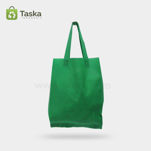Tas Press Spunbond Handle – Hijau Tua 30×40 Cm – Sisi Kiri